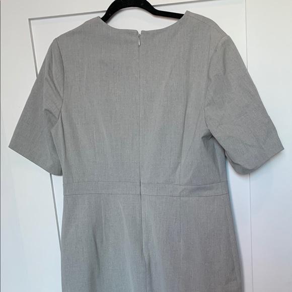Banana Republic Dresses & Skirts - Grey short sleeve shirt dress